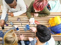 Technology and Social Media Changes Life for Today's Teens